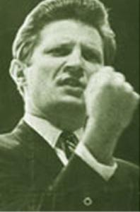 David Wilkerson Prophesying His 1974 Vision